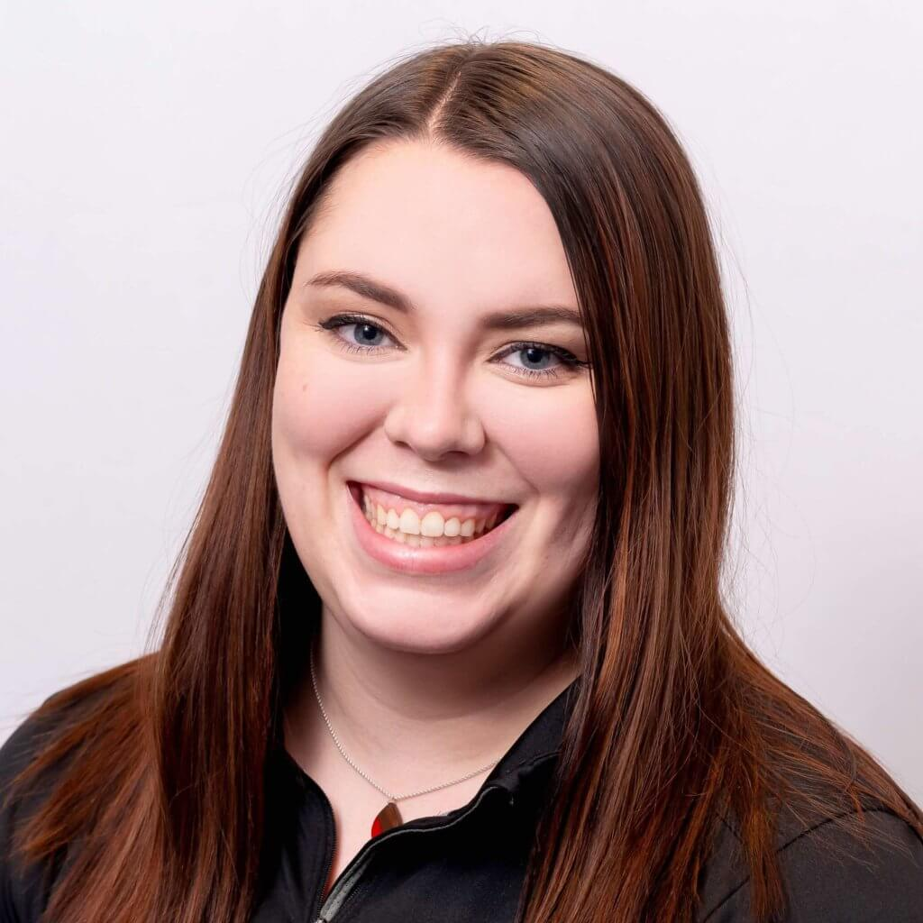 Brianna provides administrative support to the physiotherapy and strength & conditioning services at Craven SPORT services in Saskatoon, SK.