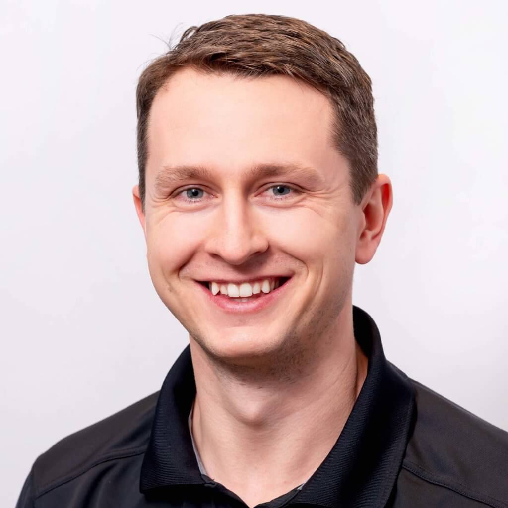 Curtis Kulchar is an expert physiotherapist in Saskatoon, SK. Curtis helps manage pain, promote performance, and improve the quality of life of his patients.