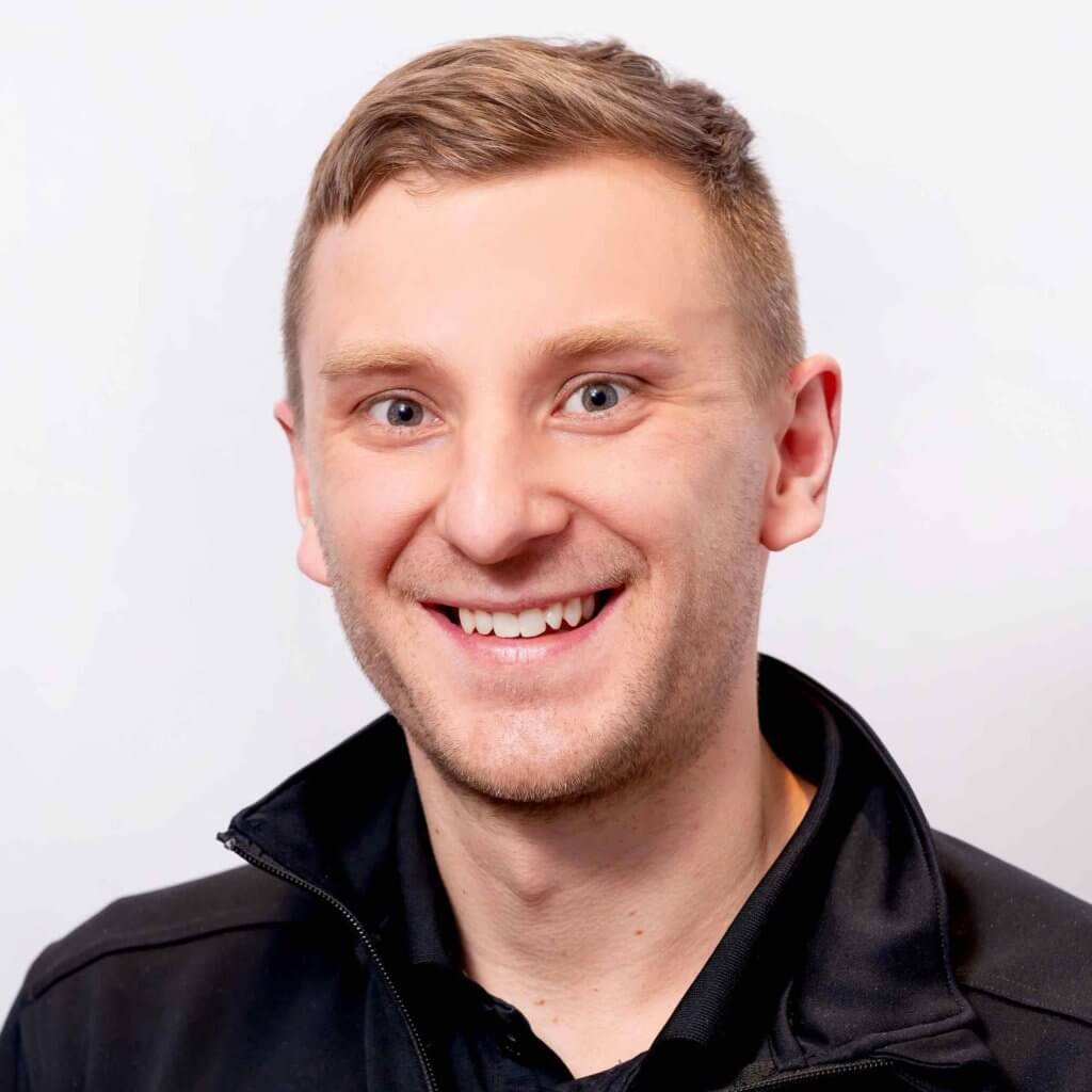 Mackenzie Fast provides physiotherapy to a wide range of clients in Saskatoon, SK. He has a focus on concussion management and the treatment of orthopaedic injuries.
