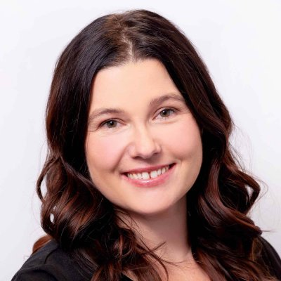 Melissa Koenig is a physiotherapist and the Manager of 3rd Party Administration at Craven SPORT services in Saskatoon. Her physiotherapy practice is based is evidence-based, professional, and comprehensive.